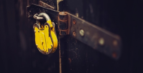 Yellow padlock | Guard your Privacy Online